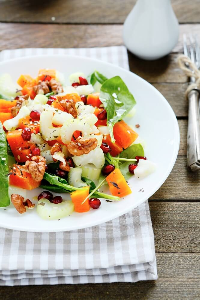 Fresh salad with pumpkin and greens - Flora Nutrition