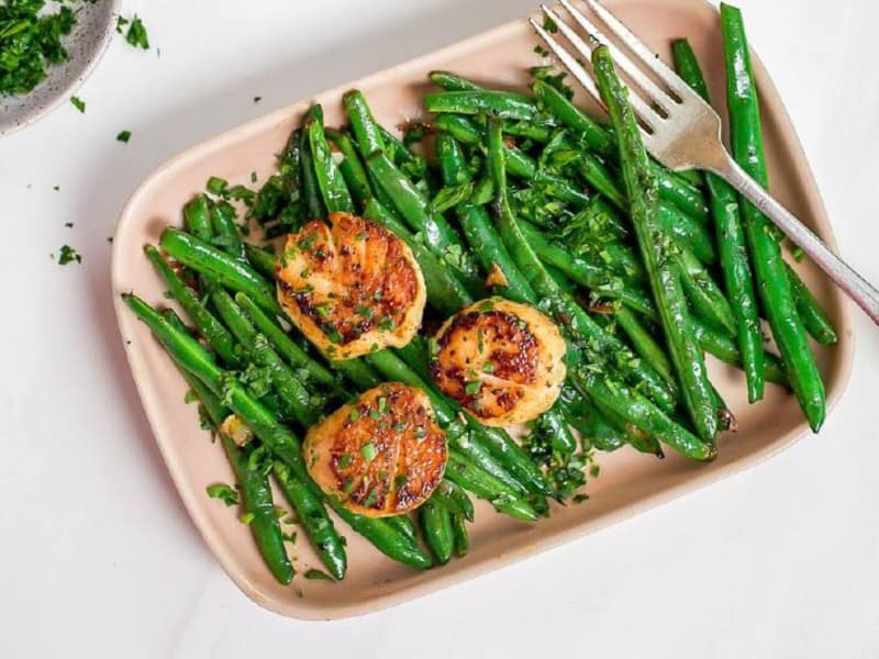 Seared Scallops with Green Beans Recipe by Flora Nutrition